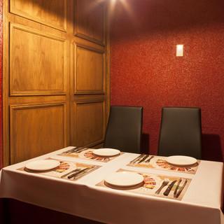 完全個室、半個室のお席をご用意。2~12名様まで対応。