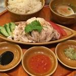 シンガポール海南鶏飯 - 海南鶏飯(蒸し)