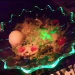 星蔵 - 暗いお店だからこそ輝く!光るシーザーサラダ^^ 光る小エビの流星サラダも人気!