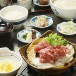 八かく庵 - 車麩の牛のとろろすき鍋膳
