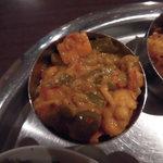 ヴェジハーブサーガ - トマトベース ミックス野菜カレー