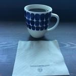 チルアウト スタイル コーヒー - タップリのマグカップ