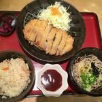 そば処けん徳 - 2016年09月01日  とんかつ定食(ぶっかけ蕎麦に変更) 1,000円