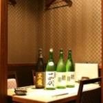 南洲 - その他写真:個室席で飲む特別な希少酒は大切なご接待に欠かせません。