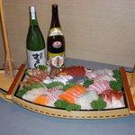 まるしん - 宴会用お刺身船盛り