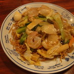 中華料理吉勝 - バリ焼きそば700円
