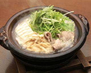 石慶 - もち豚と石慶豆腐のはりはり鍋