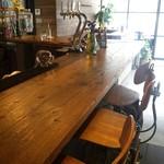 グローカルカフェ - カウンター席