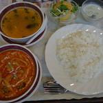 55574532 - 2016.09 カレーランチ(かれー、スープ、サラダ、デザート)、950円