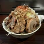 55579115 - 豚ラーメン麺500グラム 全部マシマシ
