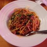 55585388 - 牛すじ赤ワインのトマトソーススパゲッティ(16-08)
