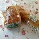 ボストンベイク - 料理写真:食パン、105円です。