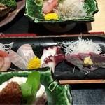 魚家 - 刺身【サービスランチ】