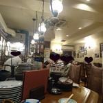 蛸焼とおでん ホリ - 店内