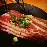 七輪焼肉 安安 - 食べログのクーポンで貰ったカルビ
