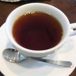 シフォンケーキ フワリ - アッサムらしい深紅色が出てる♪