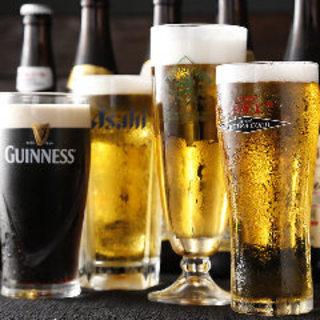 主要メーカー各社のビールが味わえる