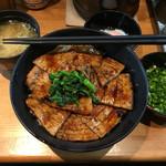 豚大学 - 豚丼中標準(650円)とさっぱりセット(260円)
