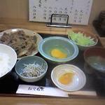 和料理 八車 - どこかなつかしい味のすきやき定食♪