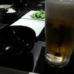やま中 - ビール、ジョッキが思いっきり冷えています