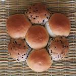 ラパン - うさみみパンと同じ生地でつくられたパンです