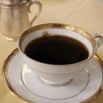 メインダイニングルーム - コーヒー