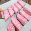 焼肉 金牛 - 料理写真:厳選カルビと厳選ロース