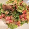 レッドピーマン - 料理写真:2名セットで選んだ肉サラダ この味を追いかけて伊勢原まで食べに来ました✨