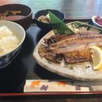 うまなり - 干物ランチ(¥800)