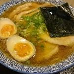 實 - 醤油ラーメン(690円)+煮玉子(100円)+特製豚バラチャーシュー・3枚(300円)