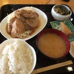 キッチン・カフェ ばる - 豚ロース生姜焼き定食