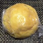 パンの寿屋 - 名前忘れたカスタードクリームの入った甘いパン120円