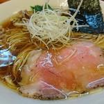 麺処 有彩 - 鶏だし醤油らぁめん 650円