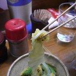 たち木 - お店には箸が無いので串を箸代わりにしておしんこを頂きます