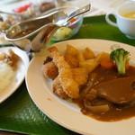 レストラン雪河亭 - 料理写真:明治の洋食&カレセット