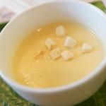 レストラン雪河亭 - コーンスープ
