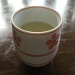 キリマンジャロ - 食後には梅昆布茶ではなく普通の緑茶が(^_^)