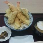 小田原港 わらべ - 大えび天丼1300円税別……味噌汁にお好みでもなか(*´ω`*)