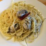 oyster&wine kitchen K - 牡蠣のペペロンチーノ