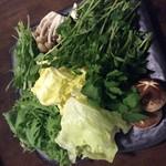 豚しゃぶ しくら - 新鮮な国産野菜食べ放題