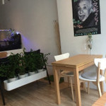 cafe&magic bar child station -
