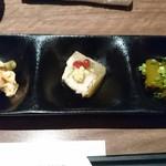 55651966 - 前菜(茄子のお浸し・鯛の煮凝り・棒々鶏)