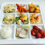 展望レストラン シーガルキッチン - ビュッフェ用のお皿もオシャレ!