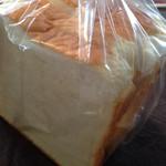 ケイット レイパ - 食パン