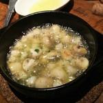 55658080 - 1609 セルベセリア ルービロポッサ 帆立貝とマッシュルームのアヒージョ