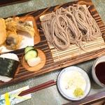 越後十日町 小嶋屋 - 小むすび(1,080円)