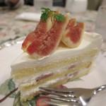 グロヴナーカフェ - いちじくのショートケーキ