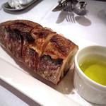 イタリアンキッチン いしかわ - ディナータイム・3780円コース パン