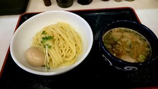 市川商店 - 濃厚魚介つけ麺 850円