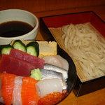 まる政 - 海鮮丼+もりうどん